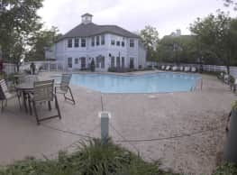 Residence at the Links - Glendale Heights