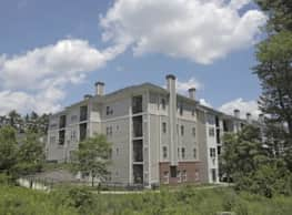 Edgewood Apartments - North Reading