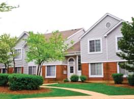 Savannah Trace Apartments - Schaumburg