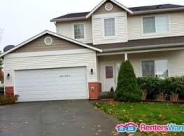 Newer 4br House in Tukwila New on Market! - Tukwila