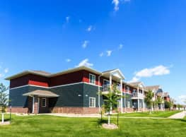 Dakota Commons Townhomes and Apartments - West Fargo