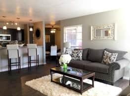 Residence on Lamar - Arlington