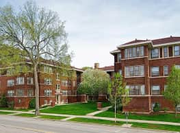 Oak Park Apartments - Oak Park