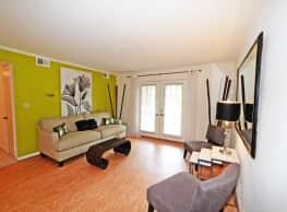Kensington Square Apartments & Townhomes - Hampton
