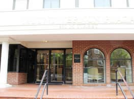 Mount Vernon Plaza - Washington