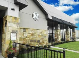 Goldelm at Metropolitan - Knoxville