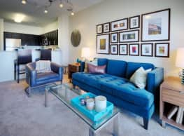Three30Five Luxury Apartments - Charlotte