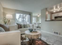 Regatta Apartments - Des Moines