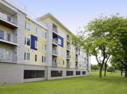 Erie Harbor Apartments - Rochester