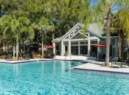 Radius Palms - Tampa