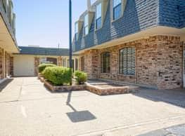 University Village & Lofts - Wichita Falls
