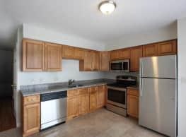 Oak Knoll Apartments - Norwalk