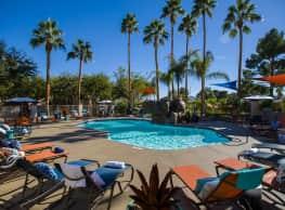 Vue 5325 Apartment Homes - Las Vegas
