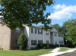 Ridgewood Apartments - Greenbrier