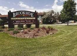 Brookside Apartments - Oshkosh