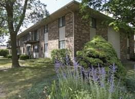 Sunburst Apartments - Greenfield