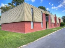 Sunset Village Apartments - Pine Bluff