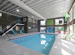 Ridgewood House Apartments - Parma
