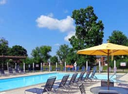 Oaks of Eagle Creek Apartment Homes - Indianapolis