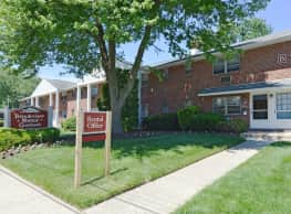 Brookview Manor Apartments, LLC - Stratford