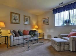 Gardenvillage Apartments & Townhomes - Baltimore
