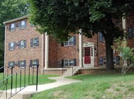 Naamans Village Apartments - Claymont