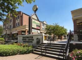 Edgewater Towne Center - Edgewater