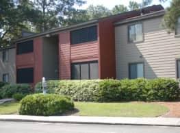 Three Oaks Apartments - Valdosta