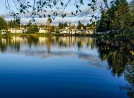 Fountain Lake - Auburn
