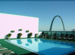 The Gentry's Landing - Saint Louis