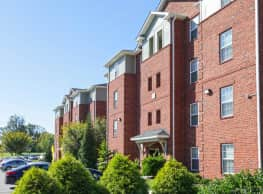 University Landing & Academic Pointe - Greensboro