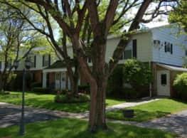 Woodland Apartments - Elmira