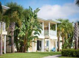 Snell Isle Luxury Apartment Homes - Saint Petersburg