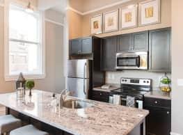 300 Alexander Apartments - Rochester