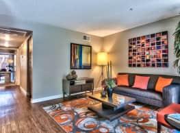 Desert Flower Apartments - Palm Springs