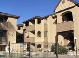 Highland Terrace Apartments - Phoenix