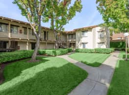 Carlyle Square Apartment Homes - Placentia