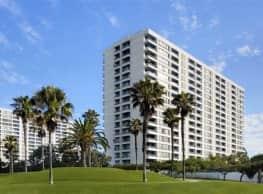 The Shores - Santa Monica