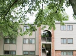 Landmark Village Apartments - Dayton