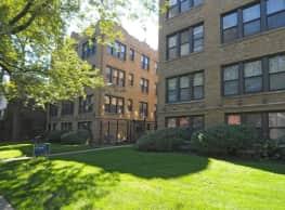 Woodlawn Court - Chicago