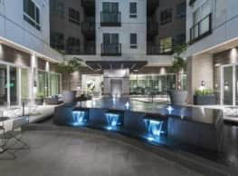 1000 Grand by Windsor - Los Angeles