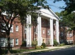 Lobsang Apartments - Newark