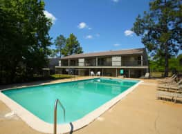 Woodland Hills - Auburn