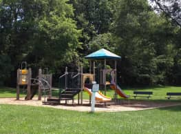 Shelter Cove - Odenton