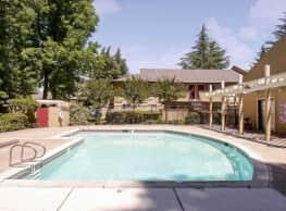 Rivergate Apartments - Sacramento