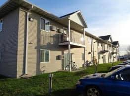 Campus Edge Apartments - Fargo