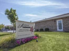 Ashford Apartments - Davenport