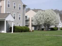 Green Hill Apartments at Radford - Radford