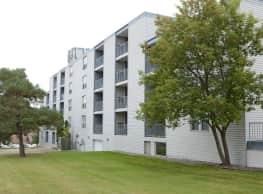 Park Plaza Apartments - Saint Cloud