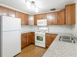 Sela Campus University Apartments - Minneapolis